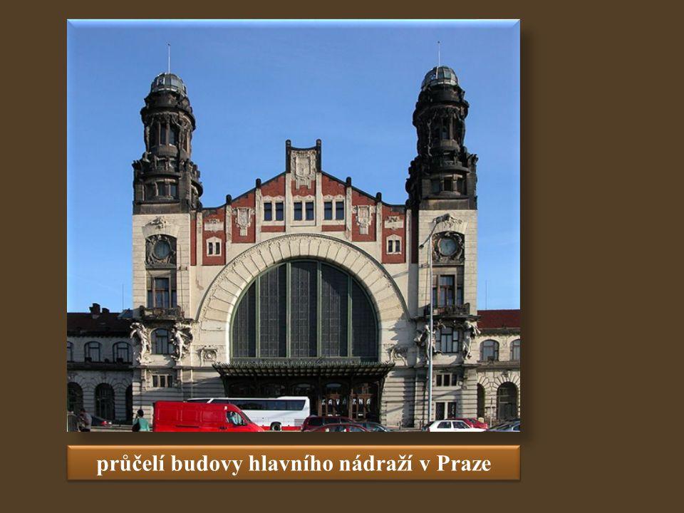 průčelí budovy hlavního nádraží v Praze