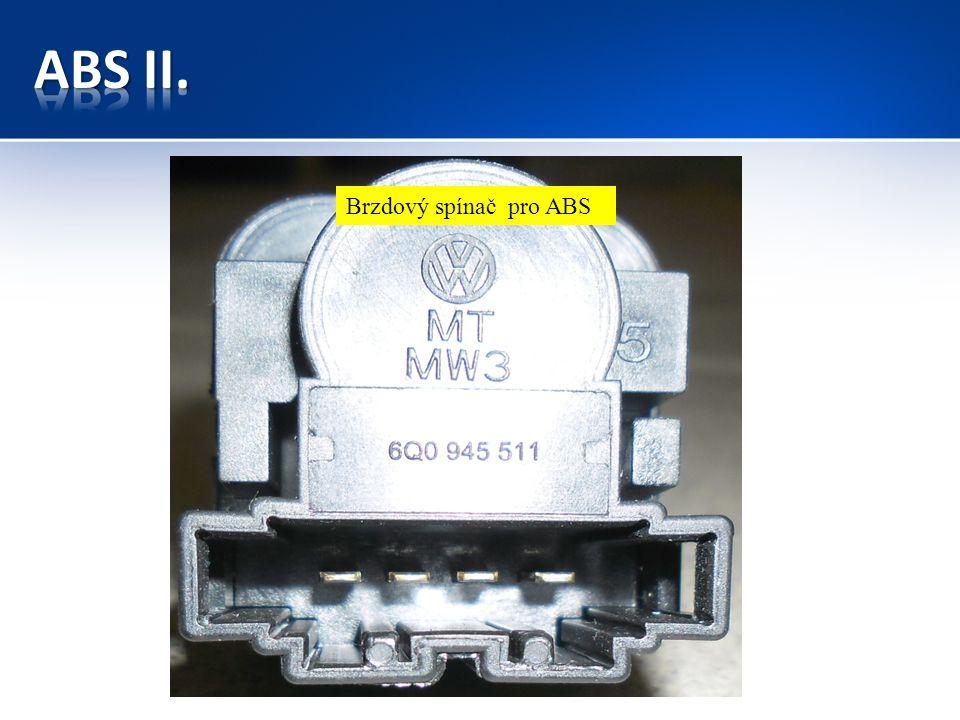 Snímač otáček pro ABS na přední nápravě