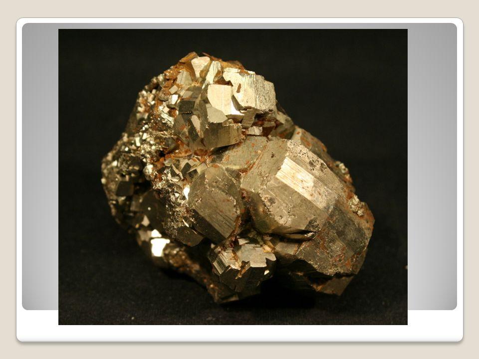Chalkopyrit CuFeS 2 – sulfid měďnato železnatý Kovový, žlutý V: Příbram, Stříbro, Banská Štiavnica, Slovensko P: ruda mědi