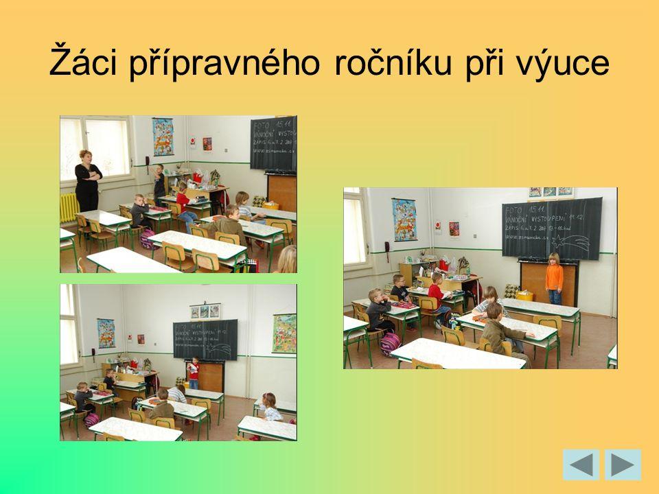 Žáci přípravného ročníku při výuce