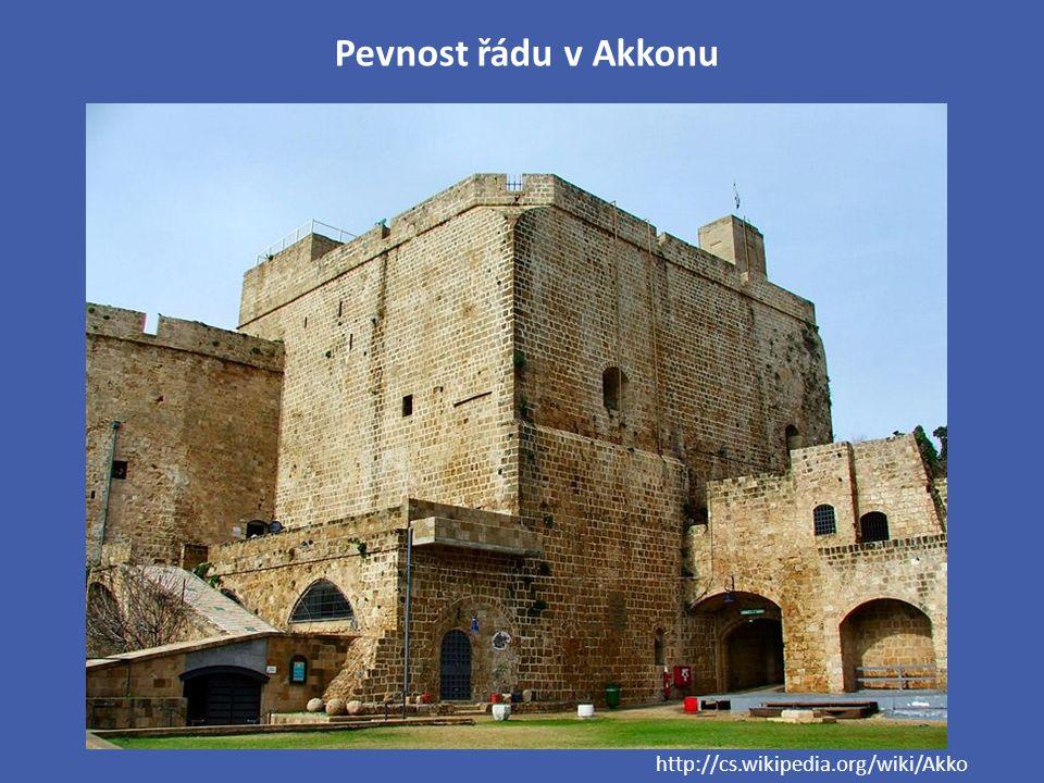Pevnost řádu v Akkonu http://cs.wikipedia.org/wiki/Akko