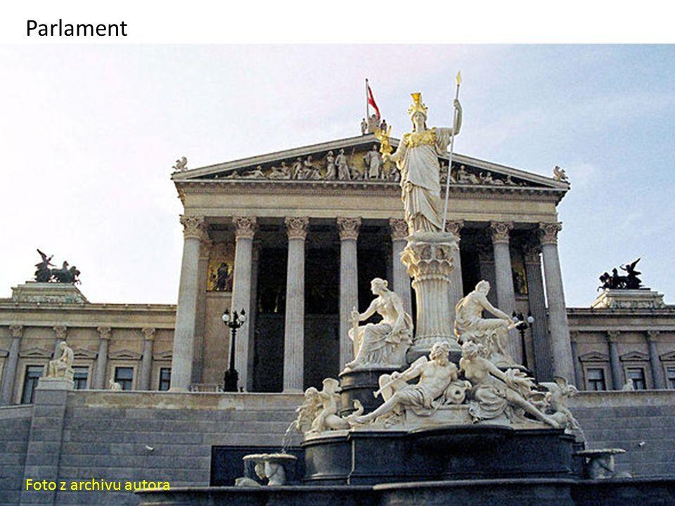 Parlament Foto z archivu autora