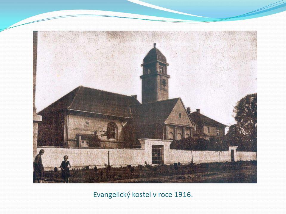 Evangelický kostel v roce 1916.