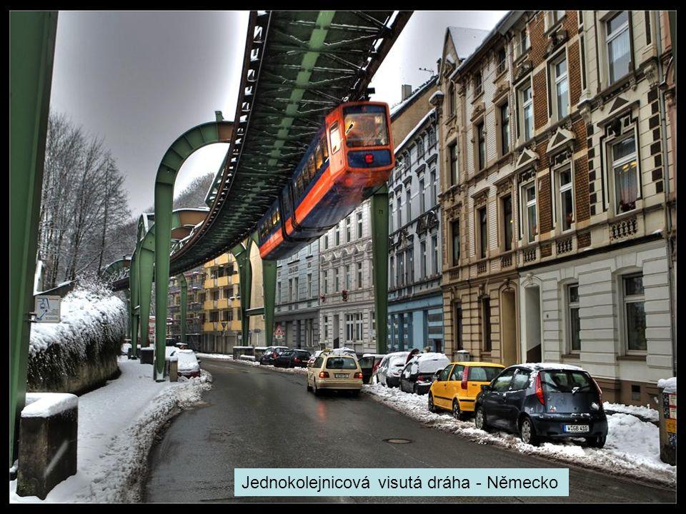 Jednokolejnicová visutá dráha - Německo