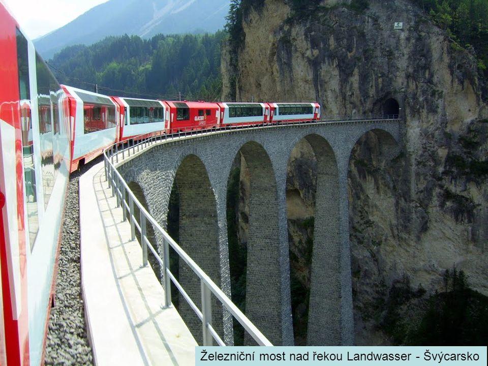 Železniční most nad řekou Landwasser - Švýcarsko