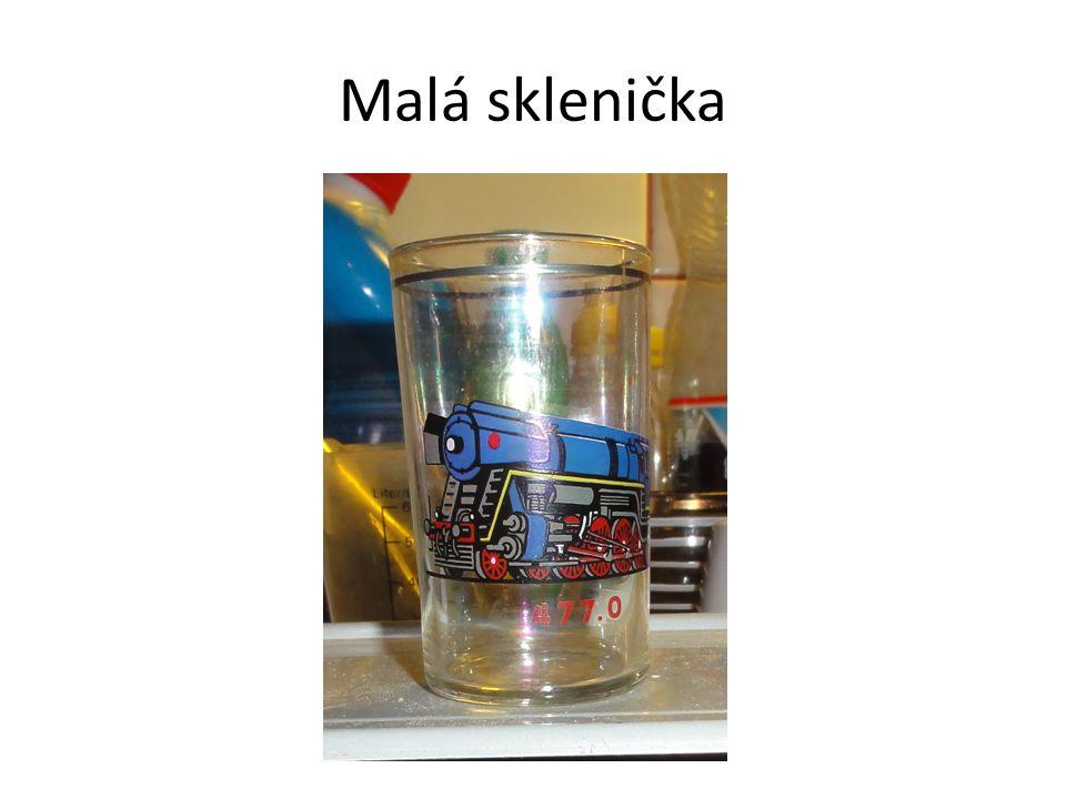 Malá sklenička
