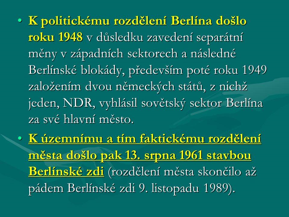 K politickému rozdělení Berlína došlo roku 1948 v důsledku zavedení separátní měny v západních sektorech a následné Berlínské blokády, především poté roku 1949 založením dvou německých států, z nichž jeden, NDR, vyhlásil sovětský sektor Berlína za své hlavní město.K politickému rozdělení Berlína došlo roku 1948 v důsledku zavedení separátní měny v západních sektorech a následné Berlínské blokády, především poté roku 1949 založením dvou německých států, z nichž jeden, NDR, vyhlásil sovětský sektor Berlína za své hlavní město.