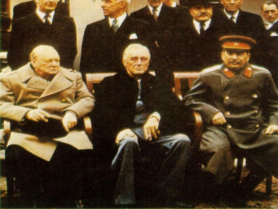 Roosevelt chtěl prosadit sílu USA především ekonomickými a politickými prostředky.
