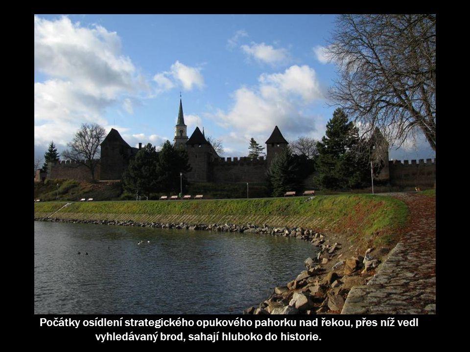 Již záhy po svém založení se Nymburk stal jedním ze strategických měst chránících srdce českého království – Prahu, byl důležitou oporou královské moci.