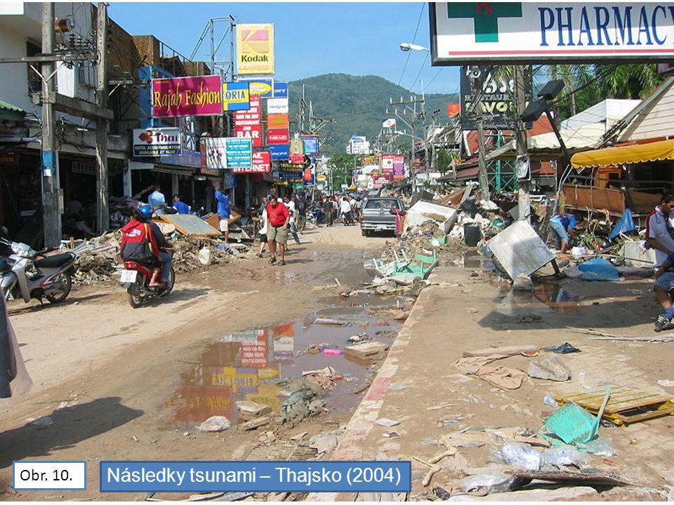 Obr. 10. Následky tsunami – Thajsko (2004)