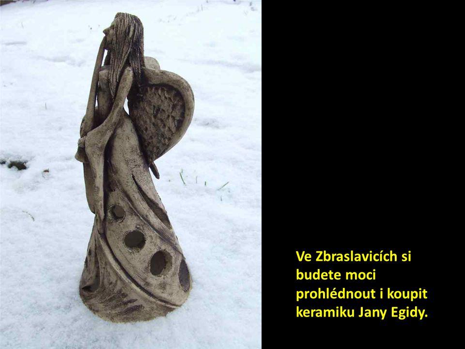 Ve Zbraslavicích si budete moci prohlédnout i koupit keramiku Jany Egidy.