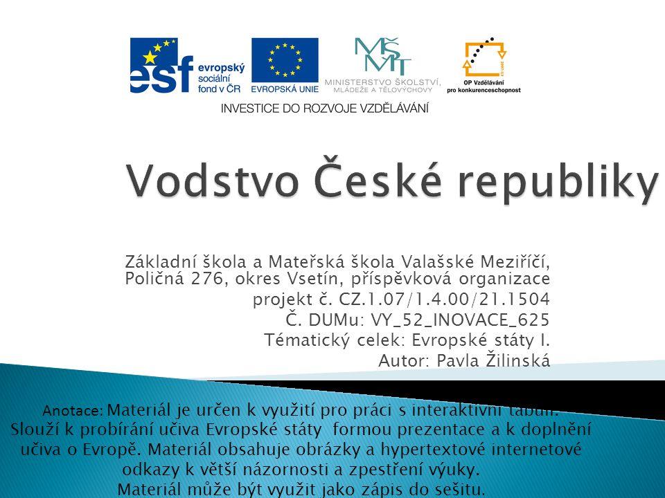  Českým územím prochází hlavní evropské rozvodí oddělující úmoří Severního, Baltského a Černého moře.