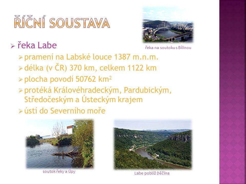  řeka Labe  pramení na Labské louce 1387 m.n.m.