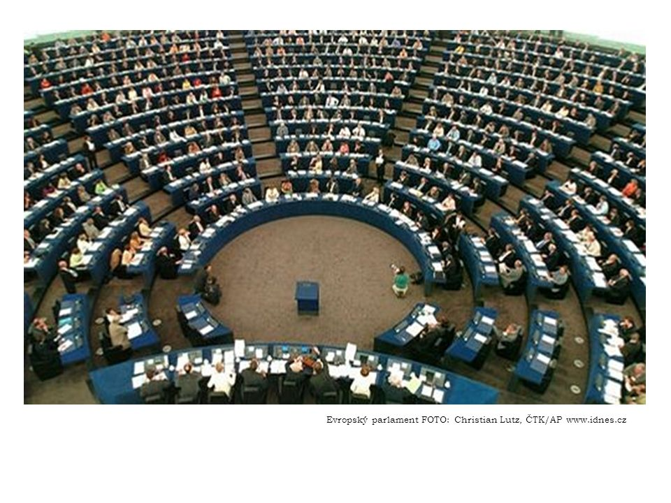 Evropský parlament FOTO: Christian Lutz, ČTK/AP www.idnes.cz