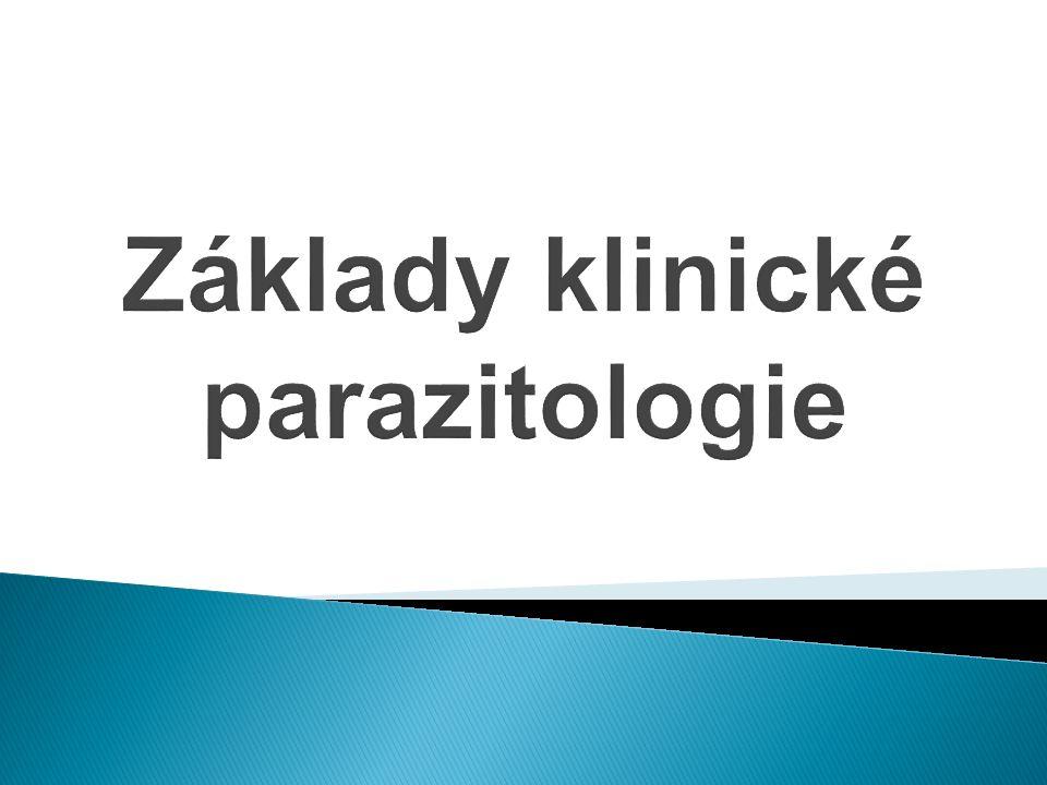  Parazité jsou klinicky významní živočiši, ne vždy mikroskopičtí  Lze je členit dle umístění v organismu, zoologických kritérií a dalších vlastností  Mezi endoparazity (vnitřní parazity) patří: Prvoci- Protozoa Hlístice- Nematoda Motolice- Trematoda Tasemnice- Cestoda  Mezi ektoparazity patří různí členovci (vši, zákožka svrabová,…)