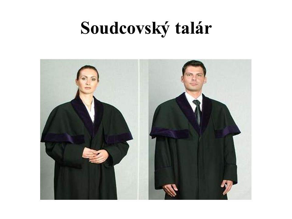 Soudcovský talár