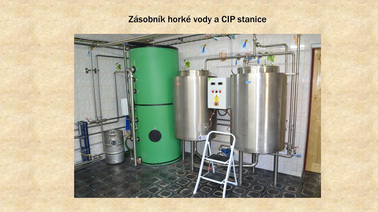 Zásobník horké vody a CIP stanice