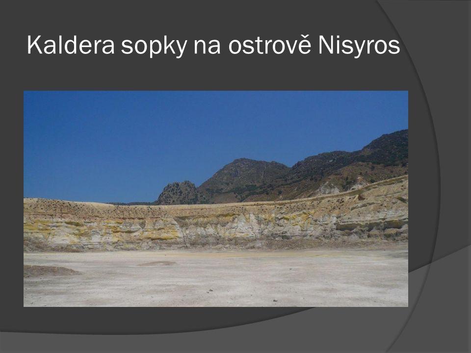 Kaldera sopky na ostrově Nisyros