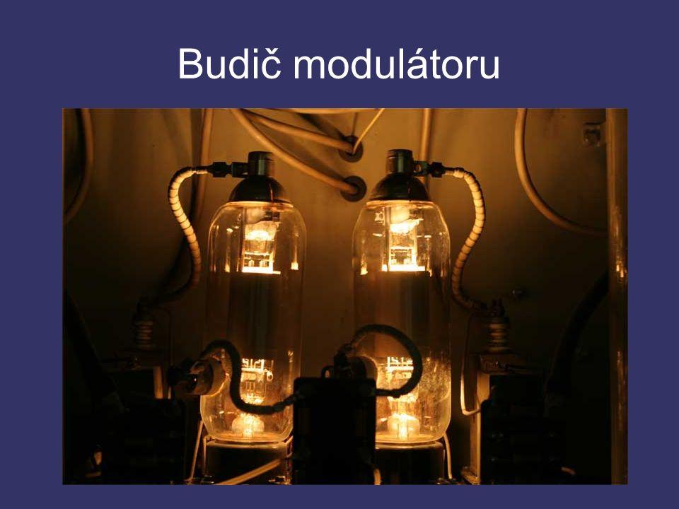 Budič modulátoru