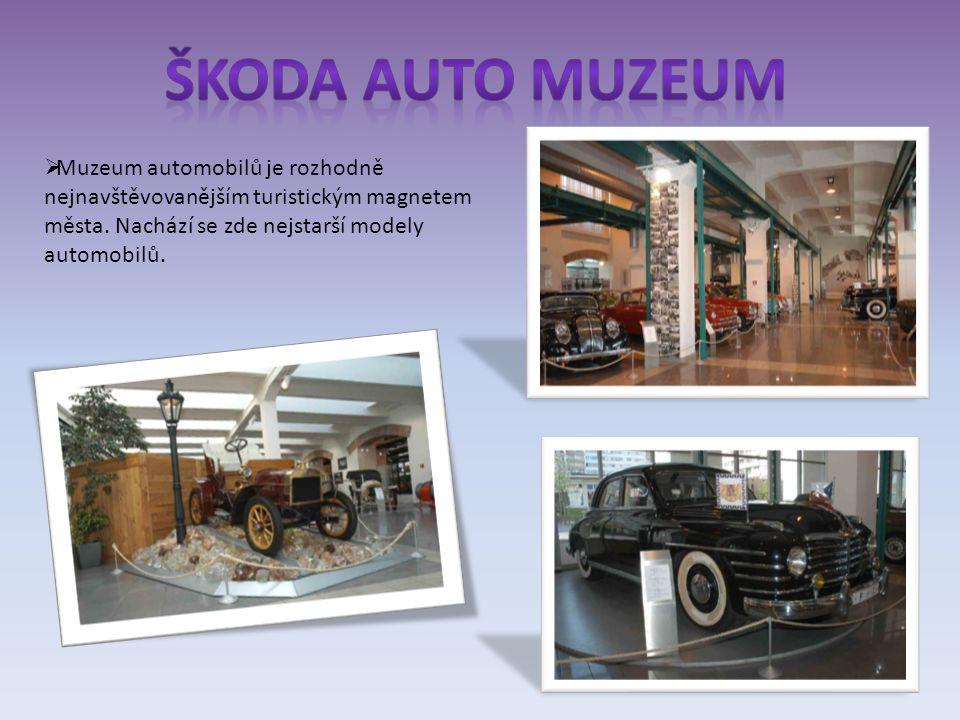  Muzeum automobilů je rozhodně nejnavštěvovanějším turistickým magnetem města.