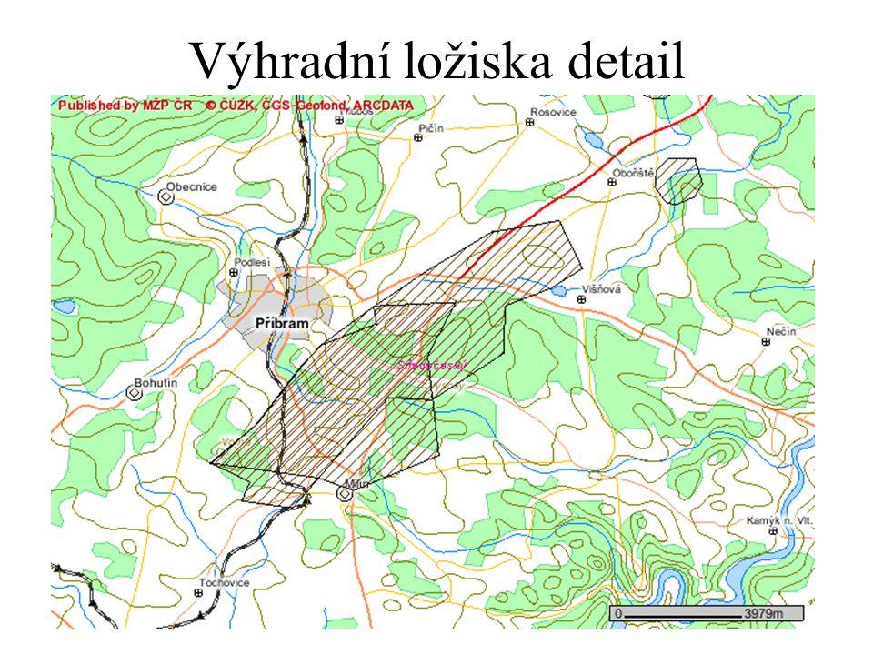 Problémy územního plánování Má územní plánování zakreslovat skutečná stav – chaty v lese nebo má zakreslovat stav podle evidence nemovitostí – lesní pozemky.
