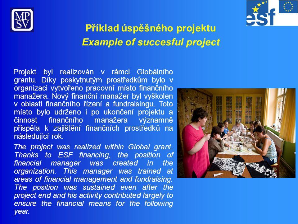 V rámci projektu byl školen i odborný personál – pracovníci v přímé péči získali kvalifikaci předepsanou zákonem o sociálních službách.