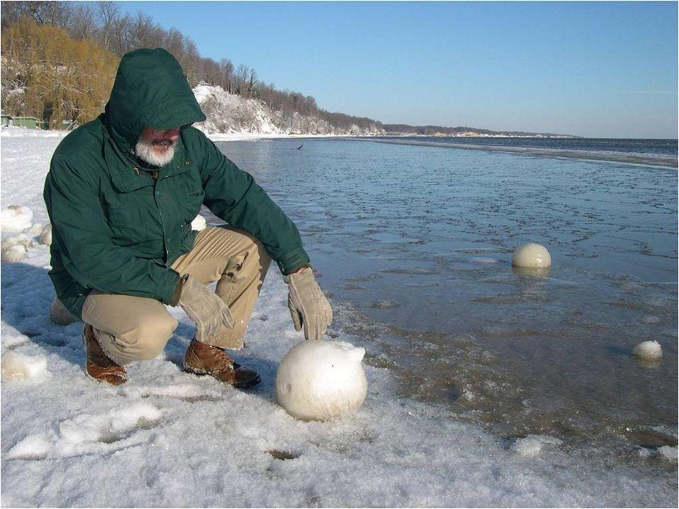 Pro tuto přírodní raritu neexistuje žádný termín, který definuje počasí. Nastává při hustém sněžení podél břehu velkého jezera a oceánu. Sníh se změní