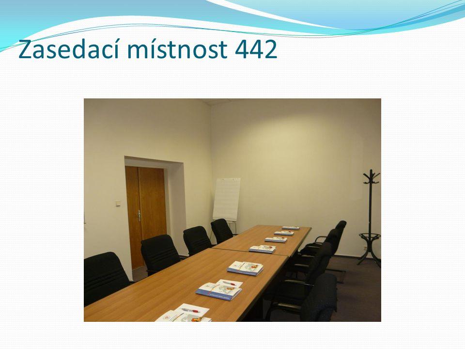 Zasedací místnost 442