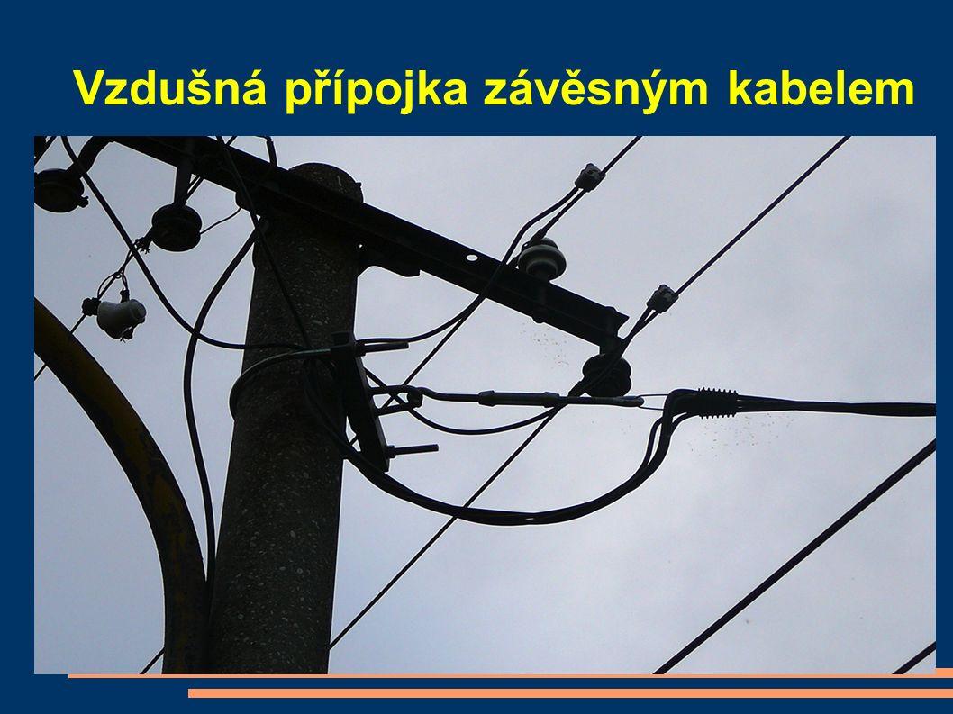 Vzdušná přípojka závěsným kabelem