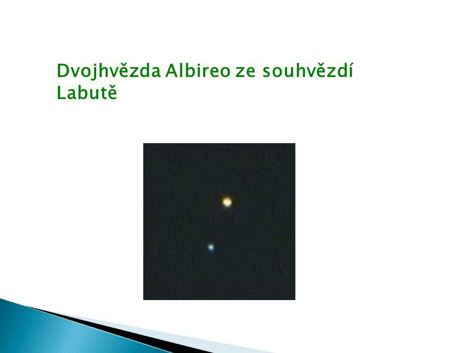 Dvojhvězda Albireo ze souhvězdí Labutě