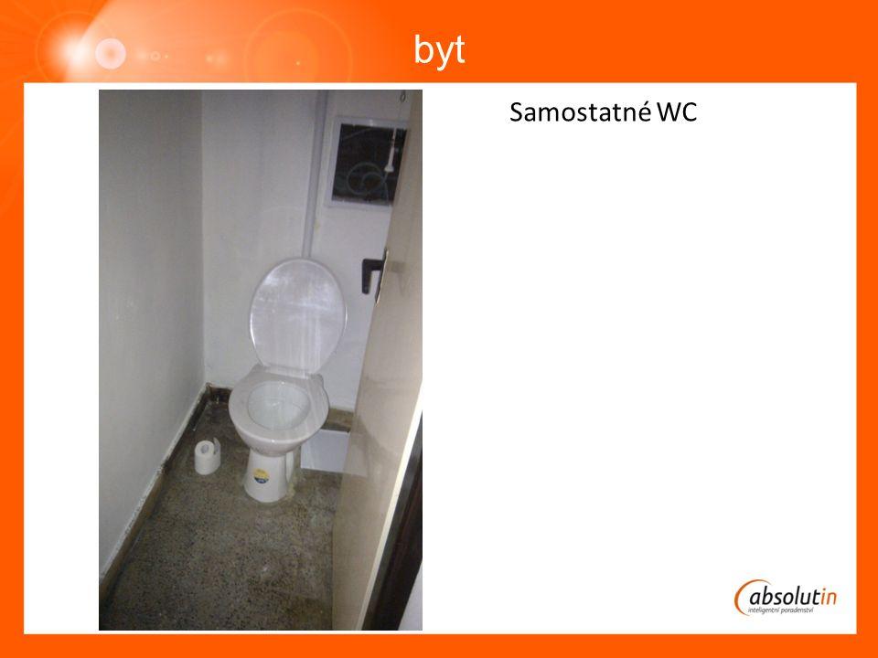 byt Samostatné WC