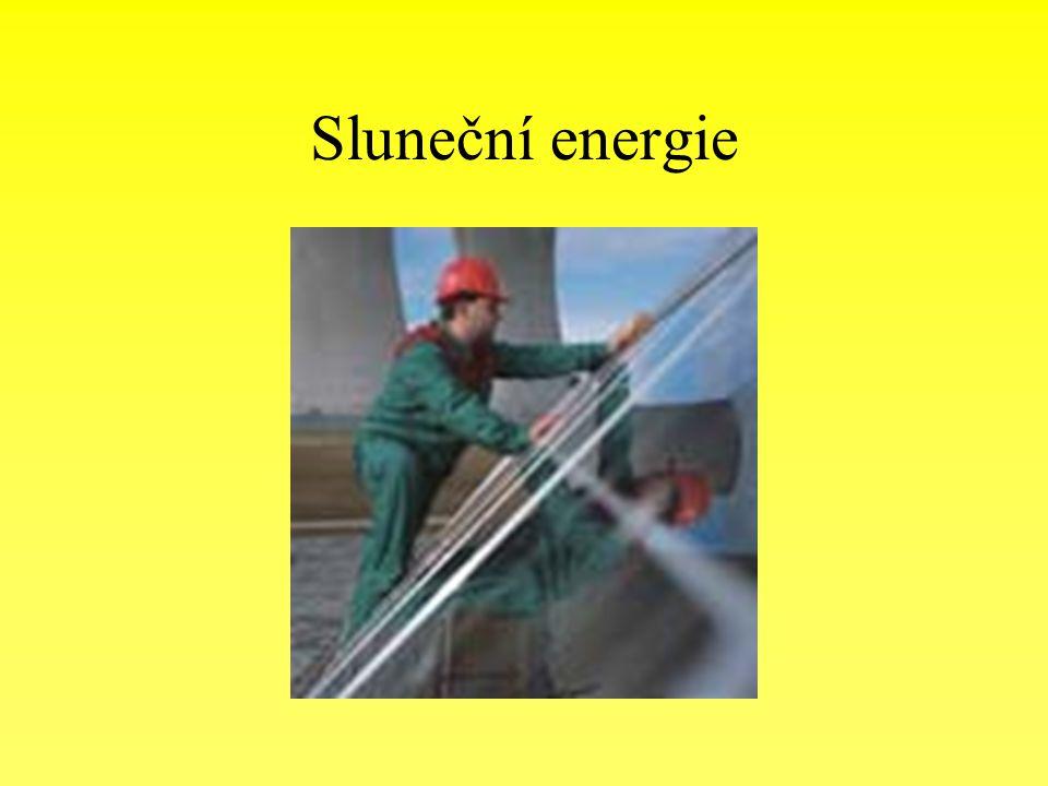 Základní charakteristika slunce je nenahraditelným zdrojem života primárním zdrojem dále využívaných zdrojů energie za jednu hodinu vyzáří slunce na Zemi tolik energie, že by při současné spotřebě energie lidstvu vystačila na dva roky