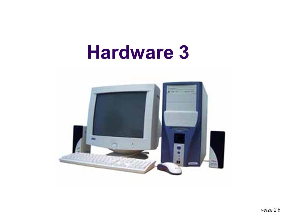Operační paměť elektronická součástka, slouží jako pracovní prostor pro procesor procesor má v paměti umístěny instrukce právě běžícího programu i data tohoto programu při vypnutí počítače se obsah paměti RAM maže Důležité parametry velikost, udává se v bajtech (B) a násobcích (kB, MB, GB, TB, PB) má-li počítač více paměti, dokáže rychle zpracovávat velké objemy dat (editace grafiky) nemá-li počítač dostatek paměti, musí si zpracovávaná data odkládat na pomalý disk a tím celý počítač zpomaluje paměťové nároky OS: DOS: 1 MB Win3.1: 4-8 MB Win95: 16-32 MB Win98+ME: 32-64 MB Win2000: 128 MB WinXP: 128-256 MB