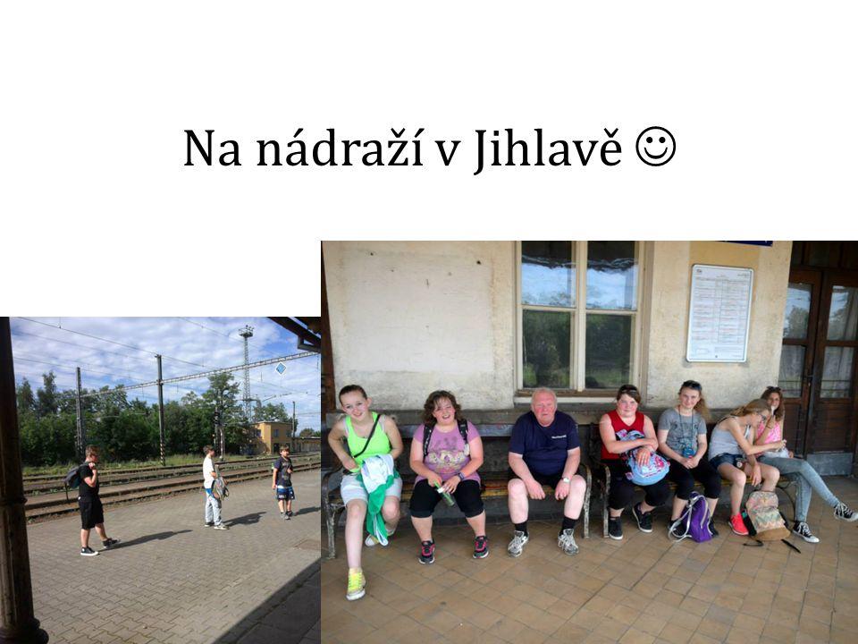 Na nádraží v Jihlavě Velmi kamarádský pán :D..