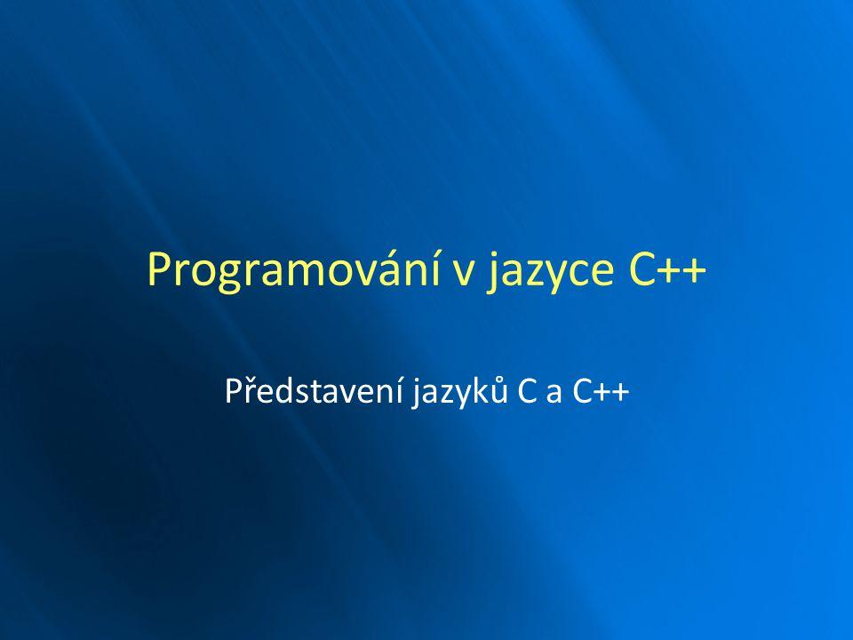 Programovací jazyk nízké úrovně: Programovací jazyk nízké úrovně: – pracuje pouze se základními typy, Strukturovaný programovací jazyk: Strukturovaný programovací jazyk: – umožňuje strukturovat kód do bloků a funkcí, Není vázán na konkrétní operační systém nebo stroj, Není vázán na konkrétní operační systém nebo stroj, Velice úzce spjat s operačním systémem UNIX, Velice úzce spjat s operačním systémem UNIX, Existuje mnoho variant jazyka C (K&R, ANSI), Existuje mnoho variant jazyka C (K&R, ANSI), – my budeme používat ANSI C.