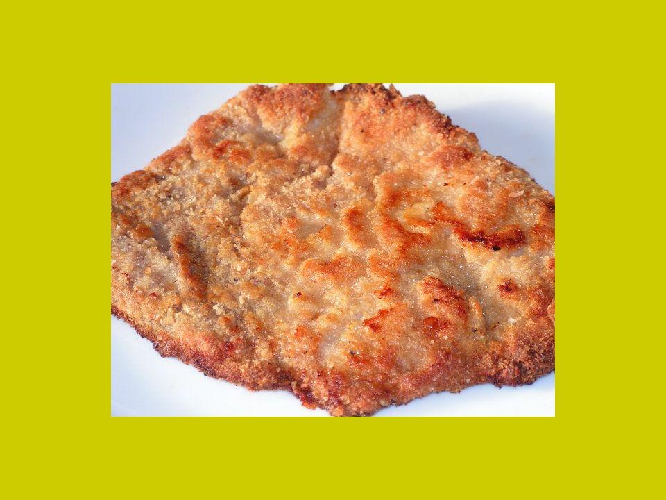 Recept: Pavlišovský řízek Postup přípravy Vepřové maso nakrájíme, naklepeme, osolíme, obalíme v trojobalu a na rozpáleném tuku nebo oleji smažíme.