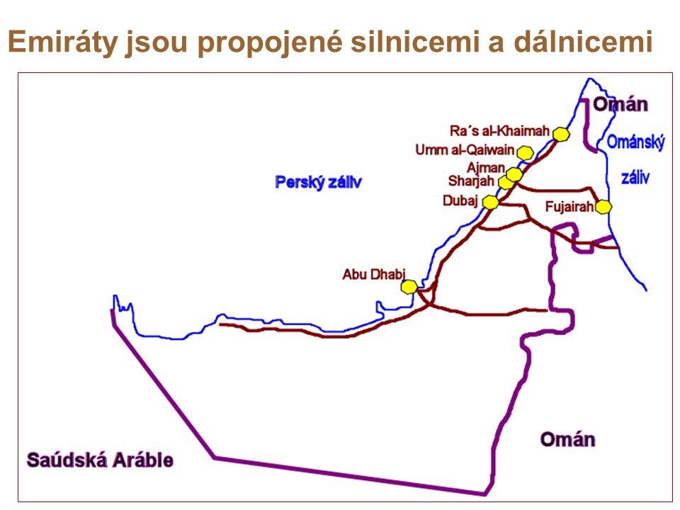 Emiráty jsou propojené silnicemi a dálnicemi