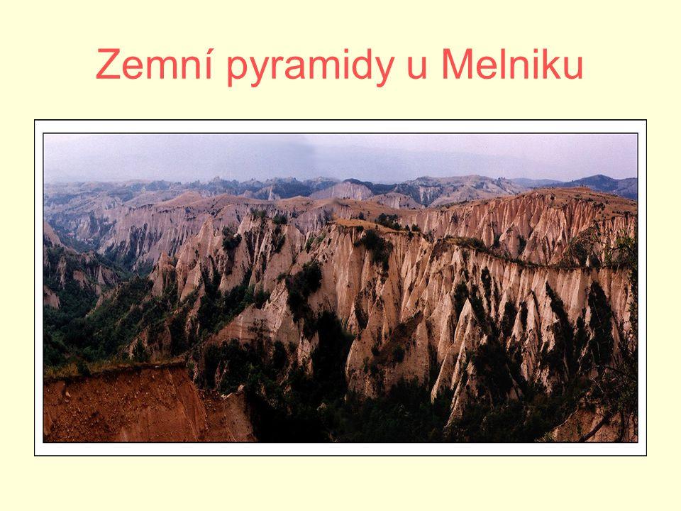 Zemní pyramidy u Melniku