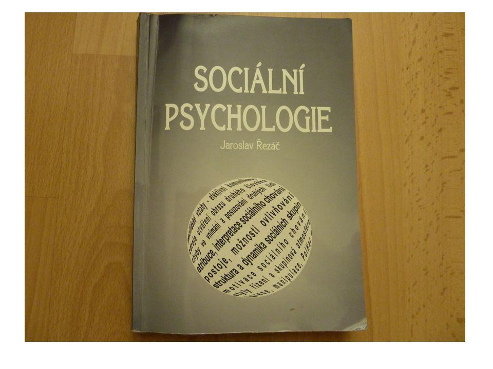 2.SPOLEČENSKÝ KONTEXT vývoje člověka – studuje vztahy v dimenzi osobnost – společnost 3.