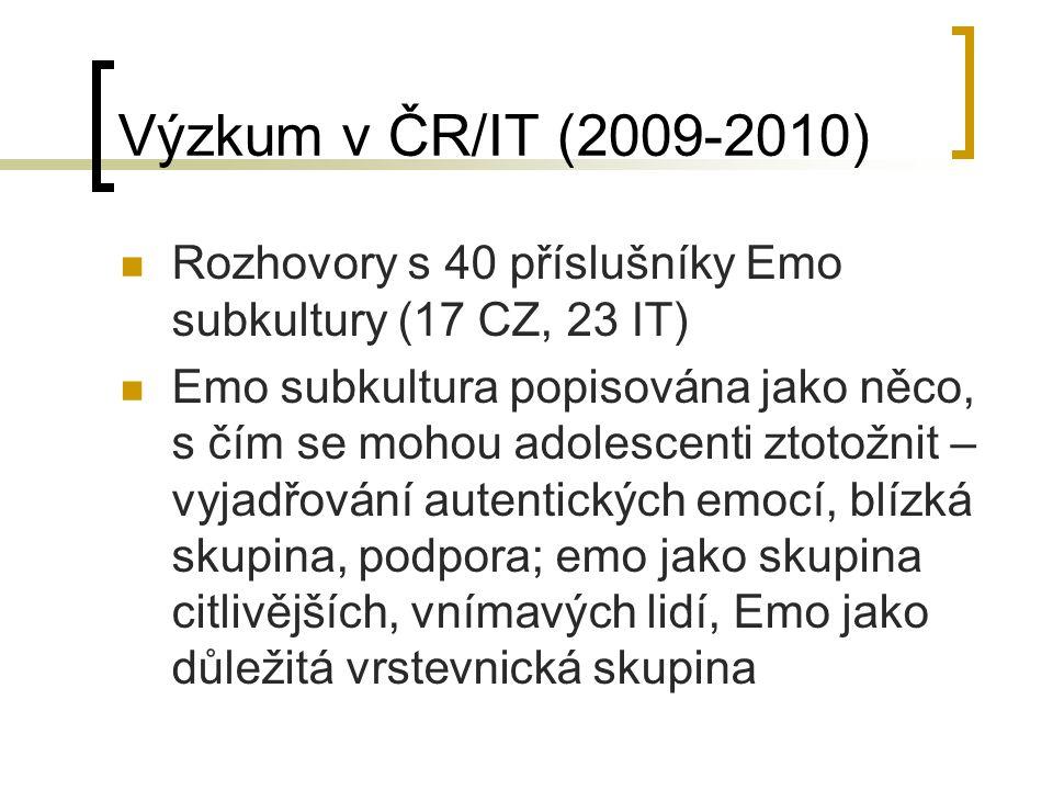 """Emo """"nikdo jsme se tam neznal a přesto jsme se bavili.."""