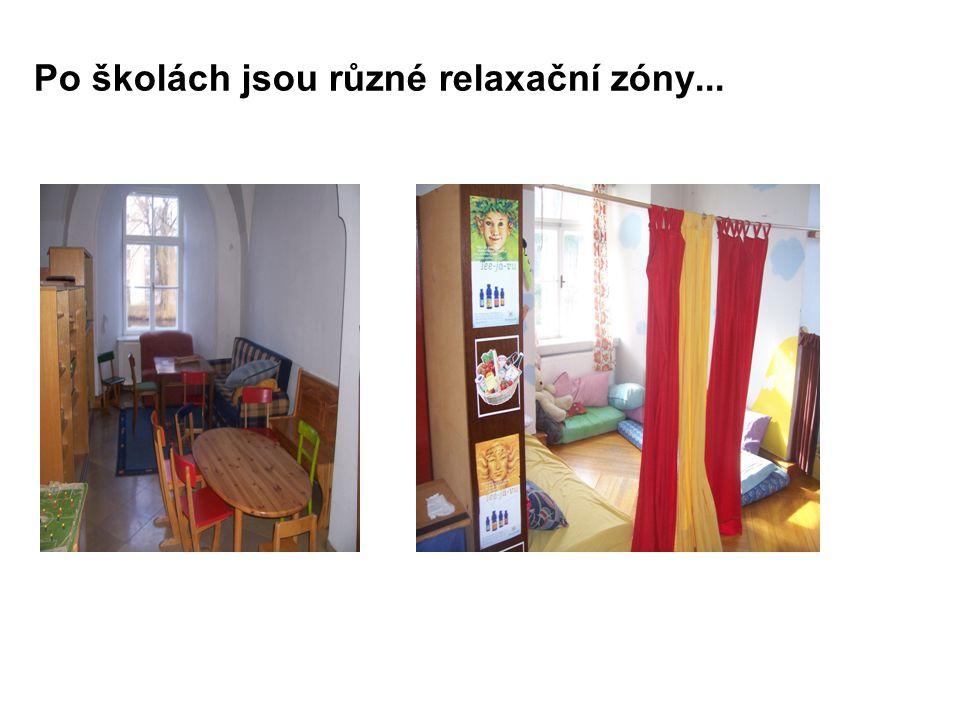 Po školách jsou různé relaxační zóny...
