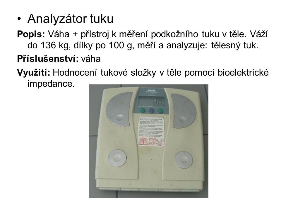 Analyzátor tuku Popis: Váha + přístroj k měření podkožního tuku v těle. Váží do 136 kg, dílky po 100 g, měří a analyzuje: tělesný tuk. Příslušenství: