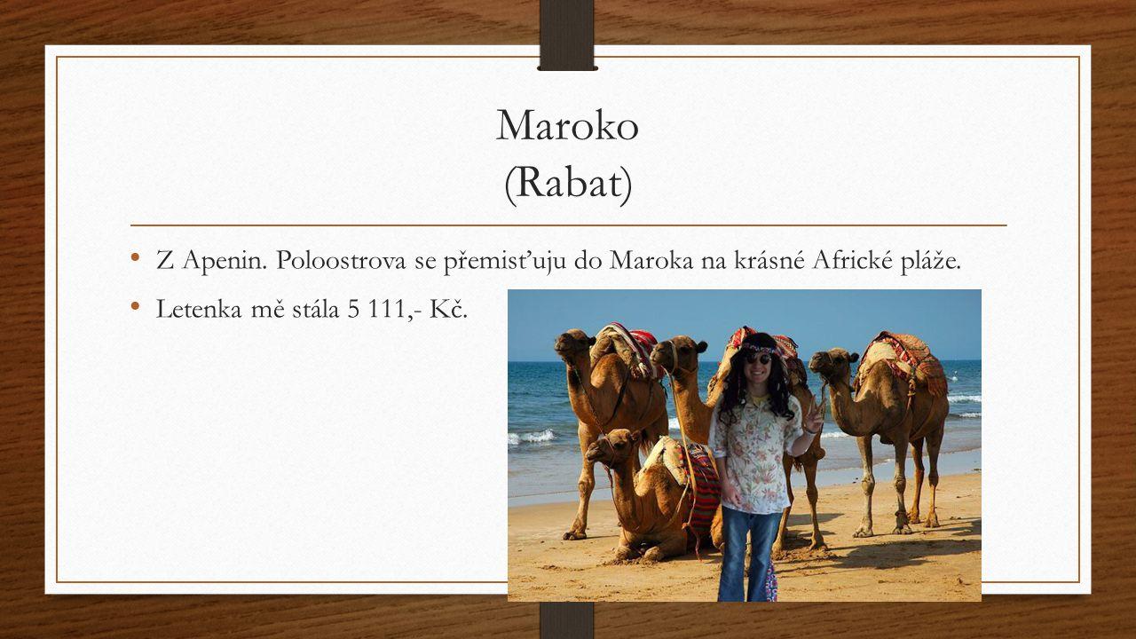 Maroko (Rabat) Z Apenin. Poloostrova se přemisťuju do Maroka na krásné Africké pláže.