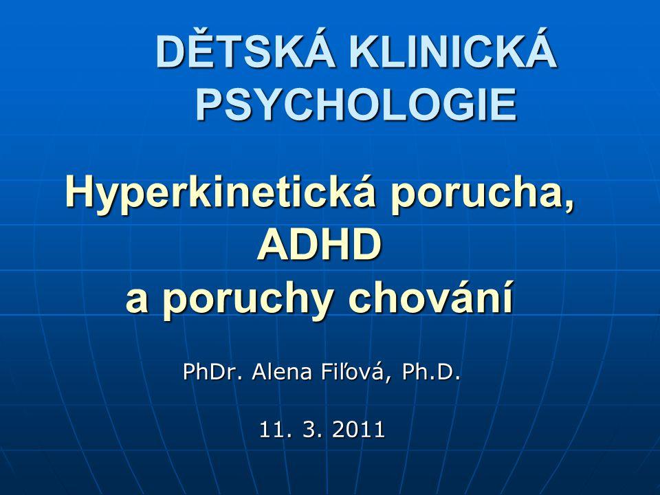 Komplexní klinický přístup k dítěti nebo dospívajícímu v nemoci: Faktory: bio-psycho-sociální bio-psycho-sociální vrozené + prostředí vrozené + prostředí Vývojová úroveň, vývojové úkoly Vývojová úroveň, vývojové úkoly Přechodné x trvalé onemocnění Přechodné x trvalé onemocnění Vratné x nevratné změny Vratné x nevratné změny