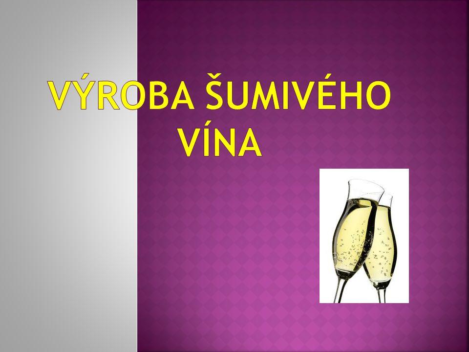  Nejčastěji se vyrábí se tzv.druhotným kvašením ze směsi různých odrůdových vín (cuvée).