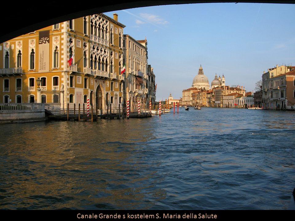 Canale Grande s kostelem S. Maria della Salute