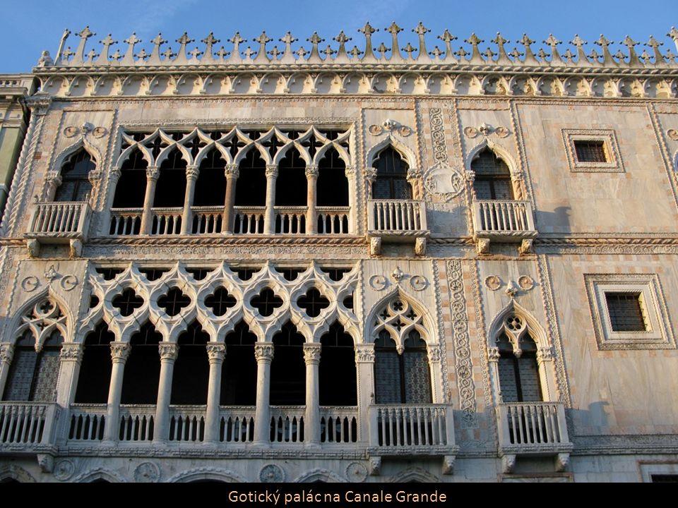 Gotický palác na Canale Grande