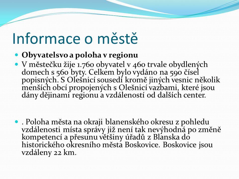 Informace o městě Obyvatelsvo a poloha v regionu V městečku žije 1.760 obyvatel v 460 trvale obydlených domech s 560 byty.