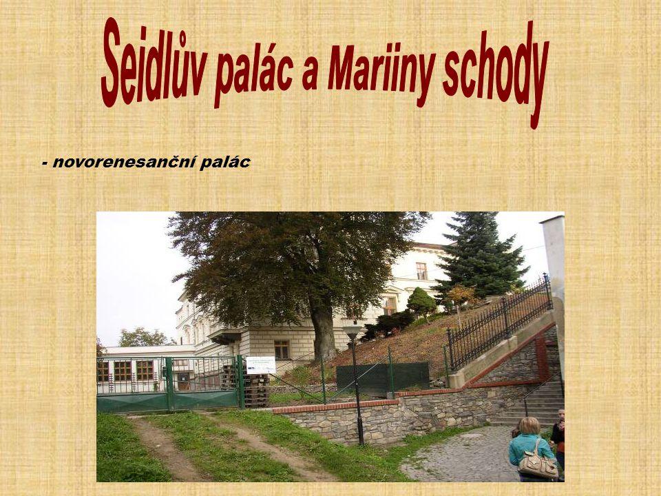 - novorenesanční palác