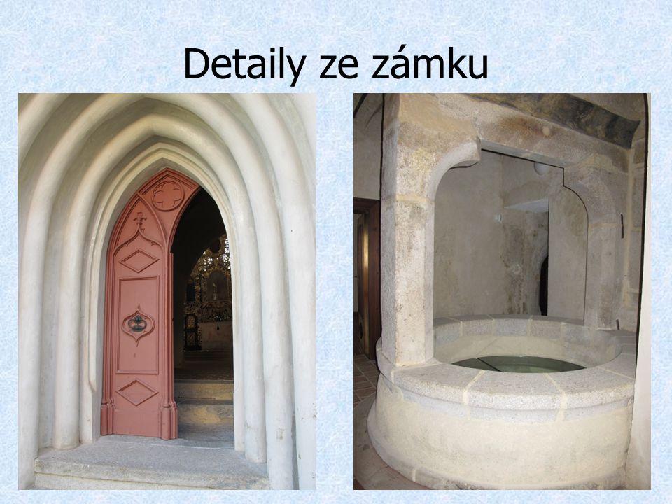 Detaily ze zámku